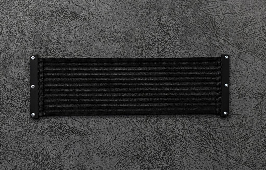 [KiiPiT] Schwarz liniert - Größe L